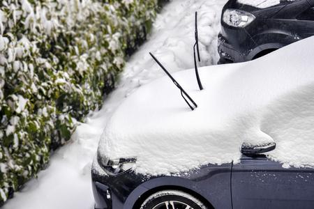 windscreen wiper snow prevent scraping windshield wipers