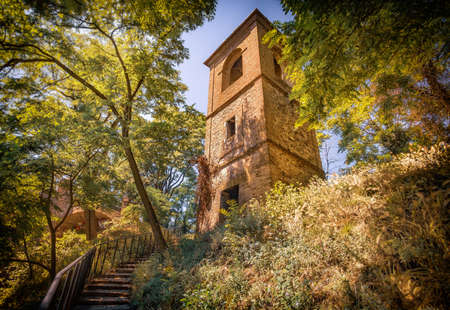 tower in forest in italy photography background - Monteveglio - Bologna Imagens