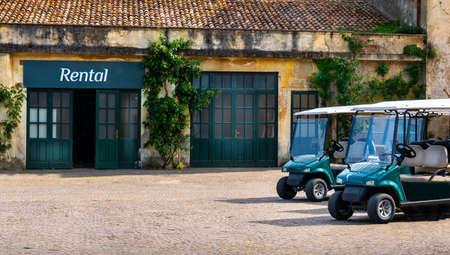 golf cart buggy rental parking at golf course