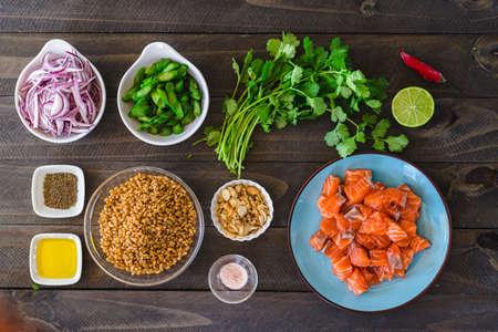 Food knolling (mise en place) barley salad.