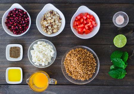 Food knolling (mise en place) barley salad