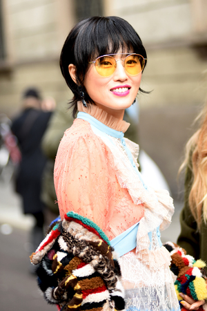 Chinese lady at Ermanno Scervino fashion show
