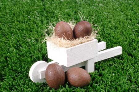 carretilla de mano: Foto del chocolate y carretilla de mano