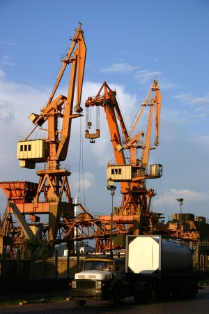 stowing: Photo of Cranes in the harbour Stock Photo