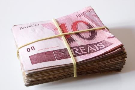 rubberband: Photo of Brazilian money - 10 reais