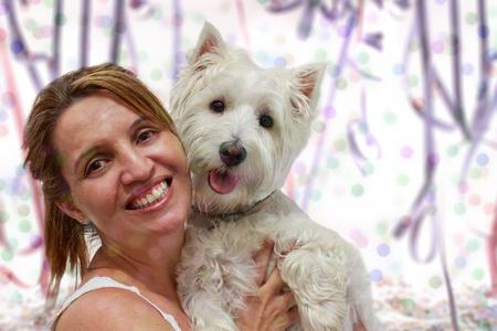 """highlander: Tiempo de fiesta de carnaval con un Terrier blanco del oeste Highlander y su """"mam�""""."""