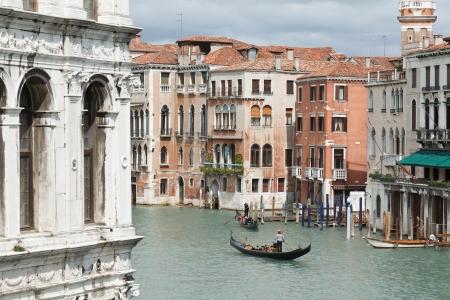 Overview of the Rialto Bridge in Venice Stock Photo