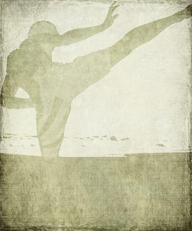 artes marciales: Artes Marciales silueta de calcáreo gris con marco de Grunge Foto de archivo