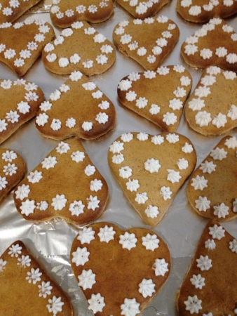 gingerbread cookies: Heart shaped gingerbread cookies