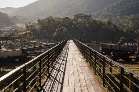 basslet: Footbridge over railroad of Paranapiacaba - SP - Brazil