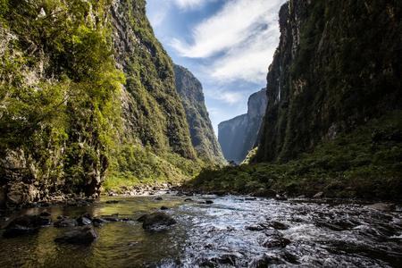 Ox River, at Canion Itaimbezinho - Aparados da Serra National Park - RS - Brazil