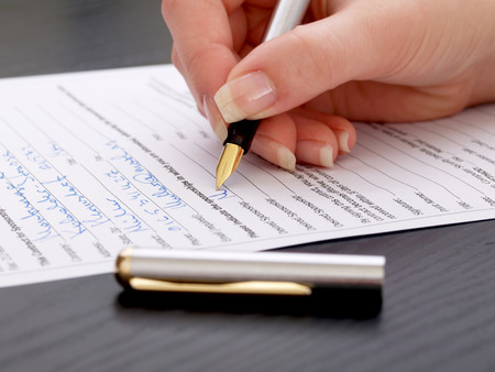 questionnaires: Filling of the paper -and- pencil test Stock Photo