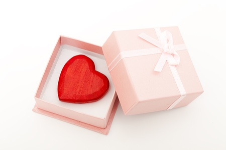 give: wooden heart in pink box