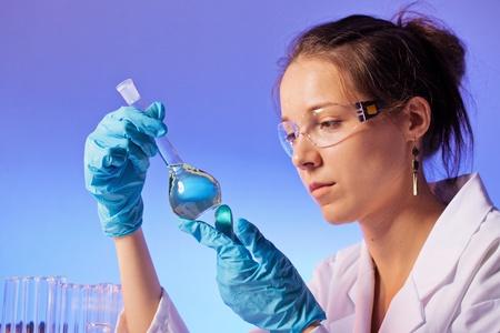 microbio: prueba de la comida de microbios o bacterias, reclamaci�n normas de comercializaci�n