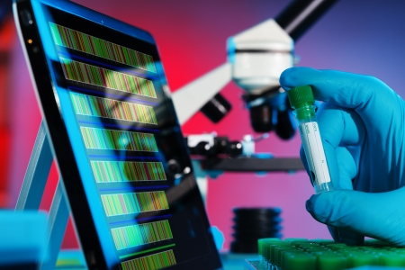 sequences: Analysis of DNA sequences in genetic laboratory Stock Photo