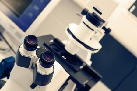 Laboratory Electron Microscope