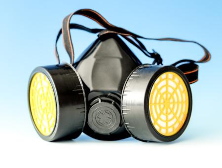 aparato respiratorio: máscara de protección respiratoria en azul