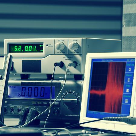 metro de medir: instrumentos de medición electrónicos, tonos foto