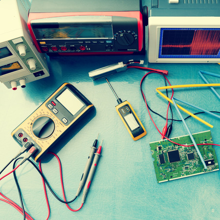 oscillograph: electronic measuring instruments, toned photo