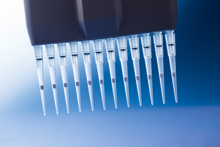 sample tray: multi pipette for genetic researchings