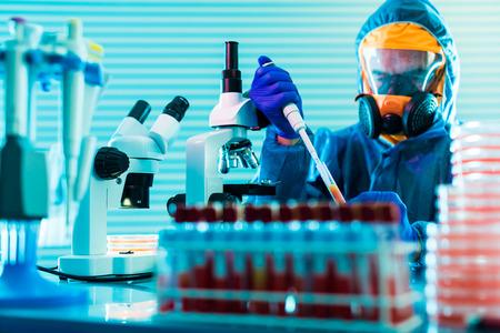 peligro: La investigación de virus peligrosos en el laboratorio