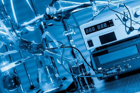 qu�mica: Equipos de laboratorio de qu�mica f�sica Foto de archivo