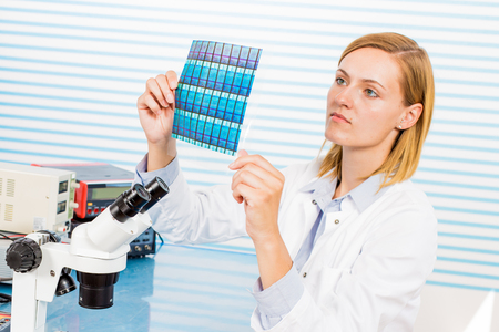 researcher: Silicon wafers production, photolithography