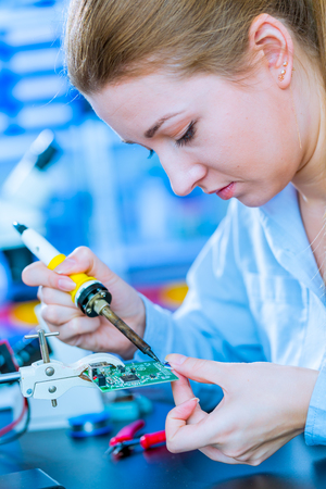 soldering: Soldering of electronic  controller