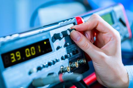 el uso de instrumentos de medición electrónicos