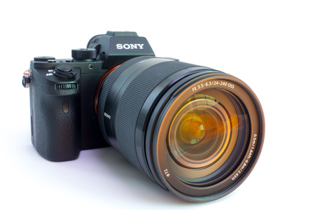 cmos: 27. 10. 2015, BERLIN, GERMANY:  Sony Alpha a7R II ILCE-7RM2 Mirrorless Digital Camera. With a worlds first full-frame 42.4-megapixel Exmor R back-illuminated CMOS sensor