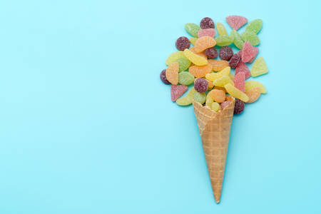 gummi: gummi candy in a waffle cup, waffle cones with candy