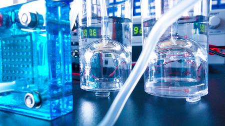 hidrógeno: pila de combustible de hidrógeno en un laboratorio