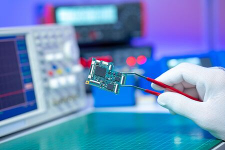 Repair and diagnostic electronics PCB device