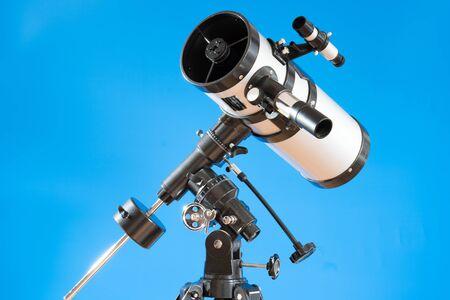 Amateur astronomical telescope