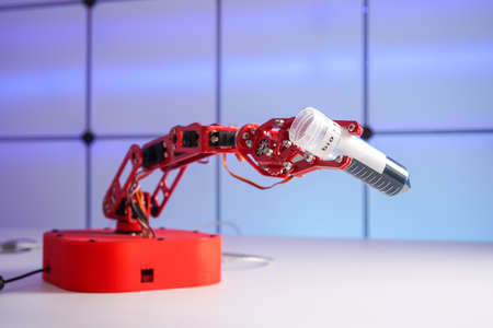 Robot arm with test tube with biological sample in science laboratory 写真素材 - 154994366