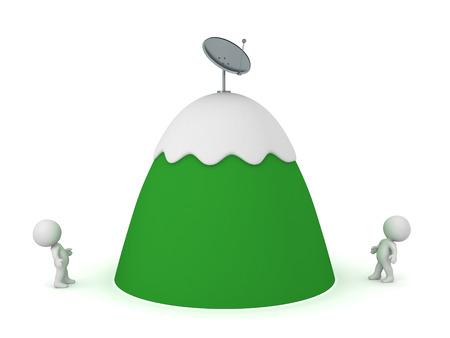 montañas caricatura: caracteres 3D mirando hacia arriba en una montaña de dibujos animados con un plato de antena parabólica en la parte superior. Aislado en el fondo blanco. Foto de archivo