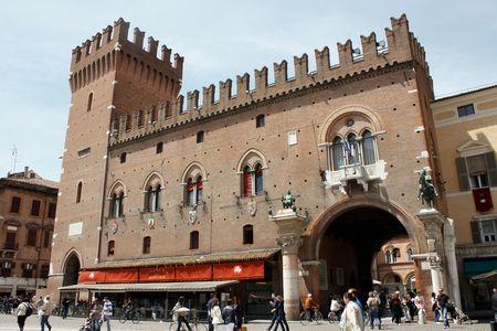 ferrara: Ferrara 05.16.2010 - Beautiful castle from Ferrara