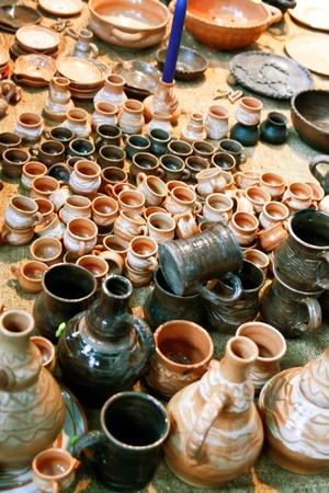 ollas de barro: Fabricado colecci�n de vasijas de arcilla