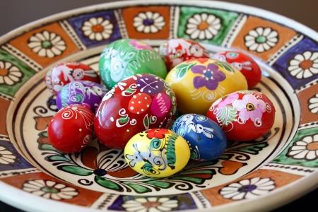 Easter eggs over ceramic plate Stock Photo - 14957914
