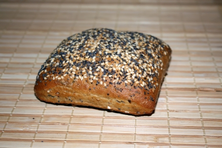 Bagel bread with poppy and sesame seeds Stock Photo - 17083610