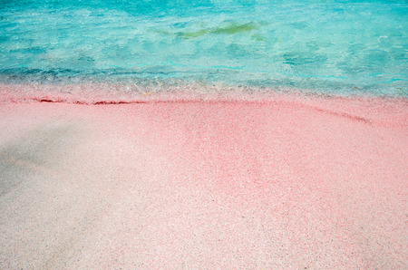 kreta: Elafonissi Lagoon, Crete Island, Greece. There are pink and black sand.