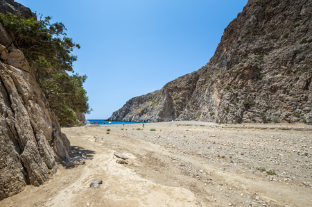 kreta: Agiofarago beach, Crete island, Greece. Agiofaraggo is one of the most beautiful beaches in Crete. It is surrounded by cliffs and rocks.
