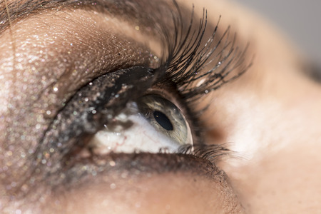 eye make up: Smokey eye  make up