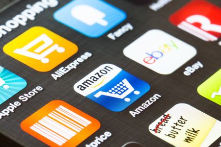 ebay: LONDON, UK- FEBRUARY 5: Popular shopping apps shown on a smartphone screen. Editorial