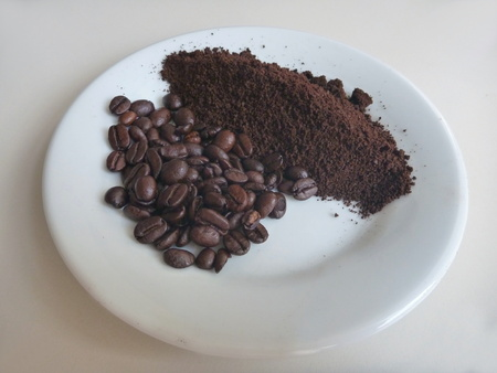 milled: a milled coffee on a white plate Stock Photo