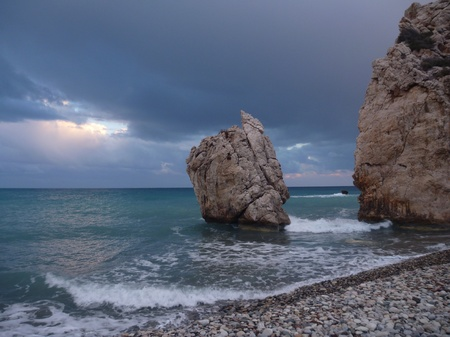 aphrodite: roca Petra tou Romiou, lugar de nacimiento legendario de Afrodita en Chipre ofgodess