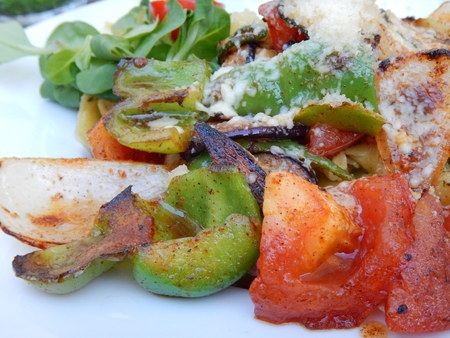 pasta tortelini with a grilled vegetable salad Stock Photo