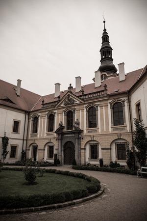 beautifull architecture of Decin castle in northern bohemia 新聞圖片