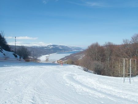 a beautiful winter skiins season in sar planina mountains in macedonia Reklamní fotografie - 119579389