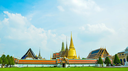 wat: Wat Phra Kaew Temple. Stock Photo